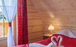 drewniane-sciany-hotelowe2