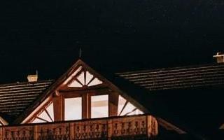 restauracja-gory-wesela-noca